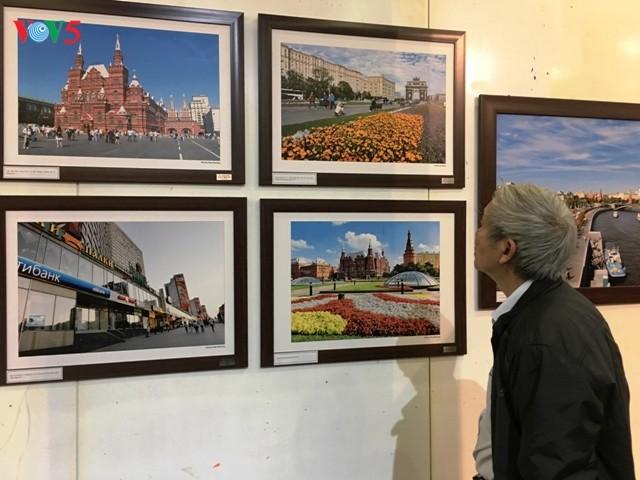 """Thăm xứ sở Bạch Dương qua triển lãm ảnh """"Nơi ấy nước Nga"""" - ảnh 1"""