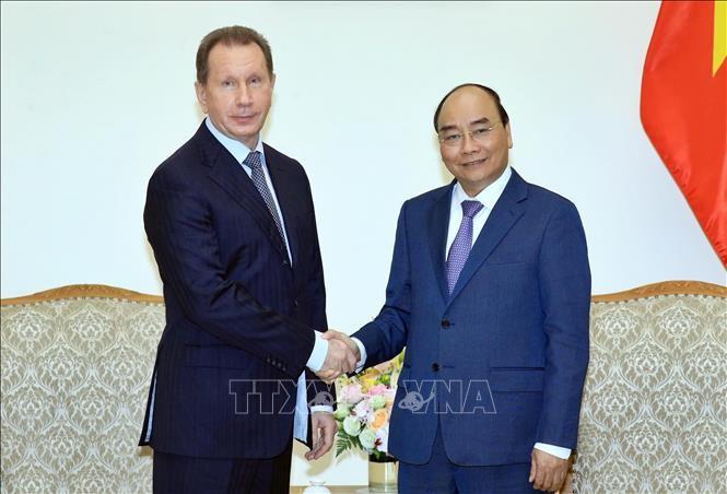 Thủ tướng Nguyễn Xuân Phúc tiếp Giám đốc Cơ quan Vệ binh quốc gia Liên bang Nga - ảnh 1