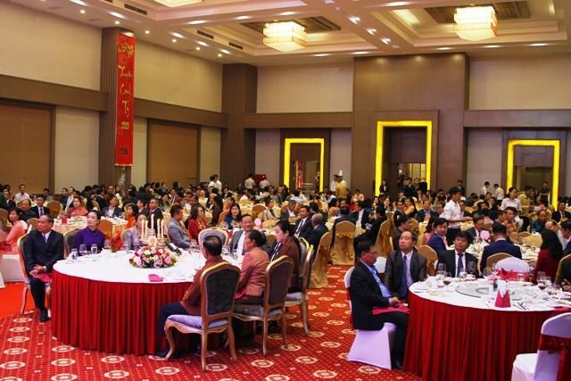 Đại sứ quán Việt Nam tổ chức Tiệc Hữu nghị Việt Nam-Lào 2020 - ảnh 1