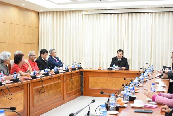 Lãnh đạo Ủy ban Nhà nước về người Việt Nam ở nước ngoài tiếp đoàn kiều bào New Caledonia - ảnh 1