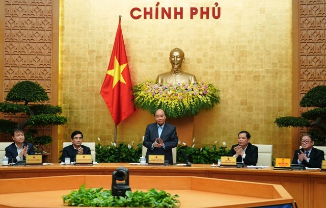 Thủ tướng Nguyễn Xuân Phúc chủ trì hội nghị tìm giải pháp cho công nghiệp chế biến nông sản - ảnh 1