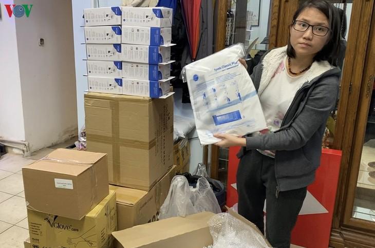 Kiều bào Séc ủng hộ trang thiết bị y tế cho đồng bào tại Vĩnh Phúc - ảnh 3