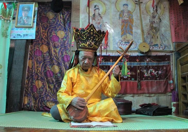 Lan tỏa vẻ đẹp của nghi lễ thực hành Then - ảnh 2