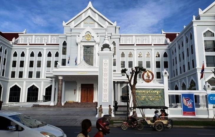 Đảng Cộng sản Việt Nam gửi điện mừng Đảng Nhân dân Campuchia nhân dịp 69 năm thành lập - ảnh 1