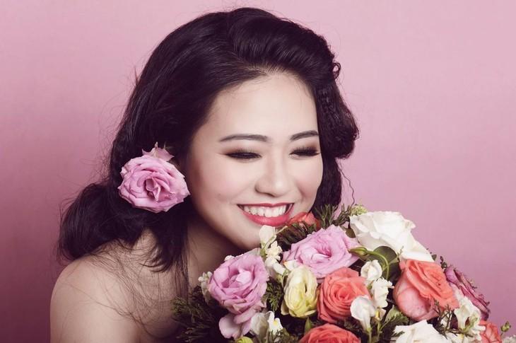Trần Nữ Vương Linh - Hát lên cùng với những niềm vui - ảnh 1