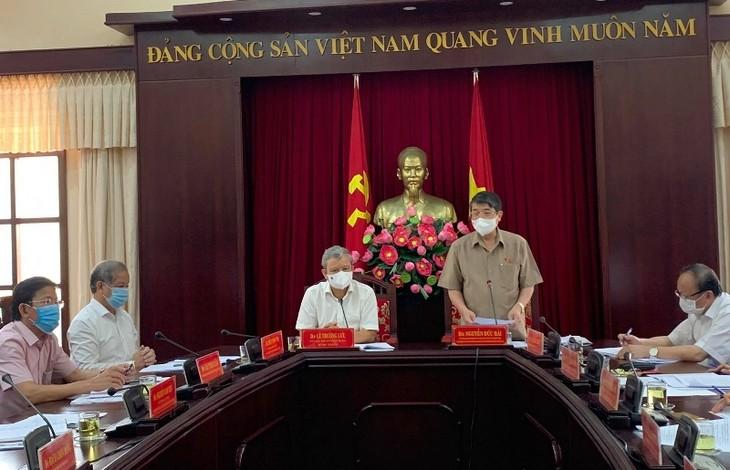 Kiểm tra công tác bầu cử tại tỉnh Thừa Thiên Huế và Bình Định - ảnh 1