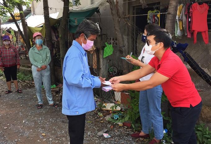 Thành phố Hồ Chí Minh dự kiến chi 760 tỷ đồng hỗ trợ người dân khó khăn đợt 2 - ảnh 1