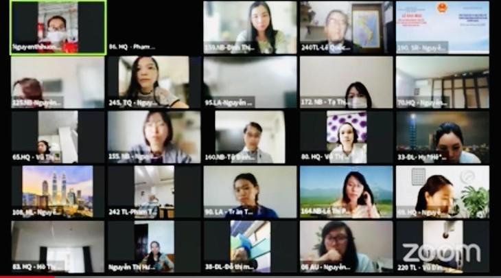 Khai mạc Khóa tập huấn giảng dạy Tiếng Việt cho giáo viên Việt Nam ở nước ngoài năm 2021 - ảnh 3
