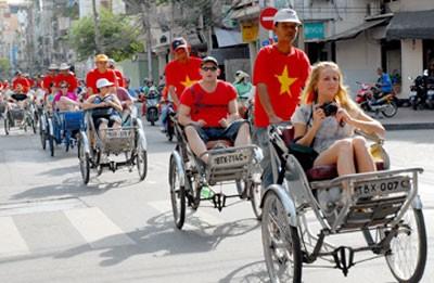 Langkah-langkah yang dijalankan Pemerintah Vietnam dalam mengembangkan  pariwisata  - ảnh 1