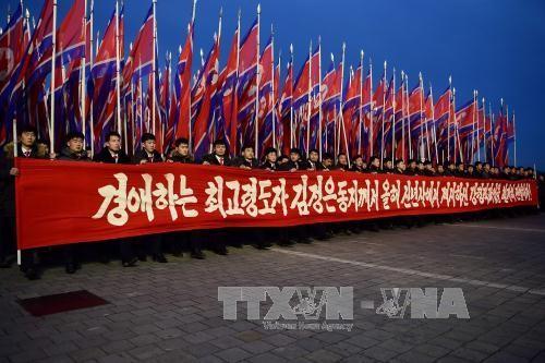 RDRK melakukan pawai besar untuk mendukung pemimpin Kim Jong-un  - ảnh 1