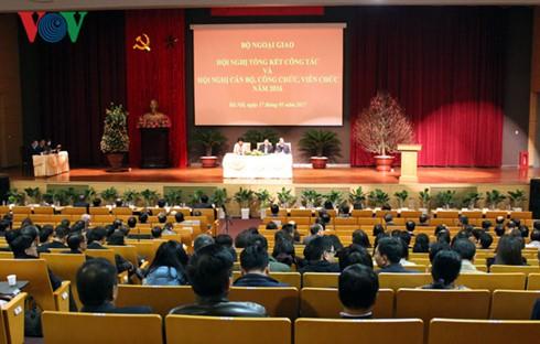 Konferensi evaluasi pekerjaan Kemlu Vietnam - ảnh 1