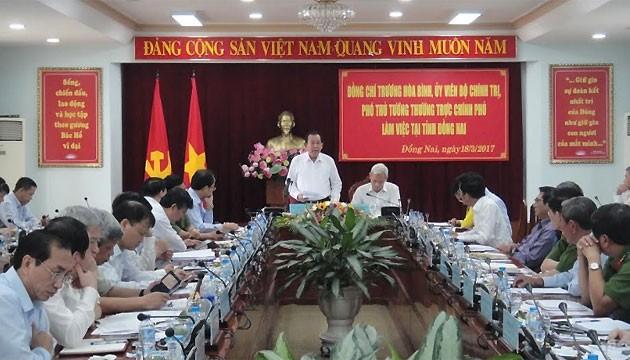 Deputi PM Vietnam, Truong Hoa Binh melakukan temu kerja di provinsi Dong Nai - ảnh 1