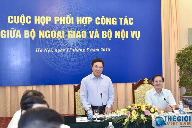 Koordinasi kerja antara Kementerian Luar Negeri dan Kementerian Dalam Negeri Vietnam - ảnh 1