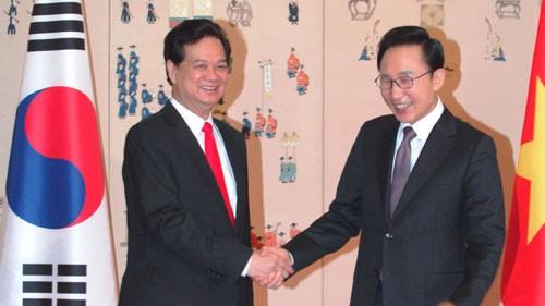 Prime Minister cultivates Vietnam – RoK partnership - ảnh 2