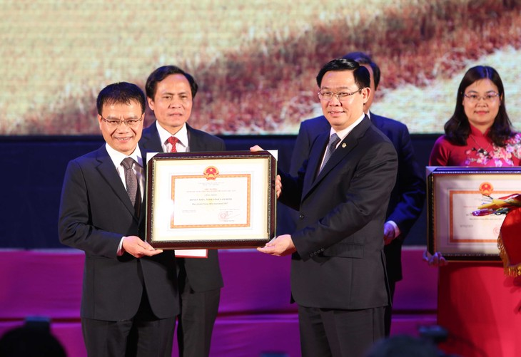 4 districts in Nam Dinh recognized as new-style rural areas - ảnh 1