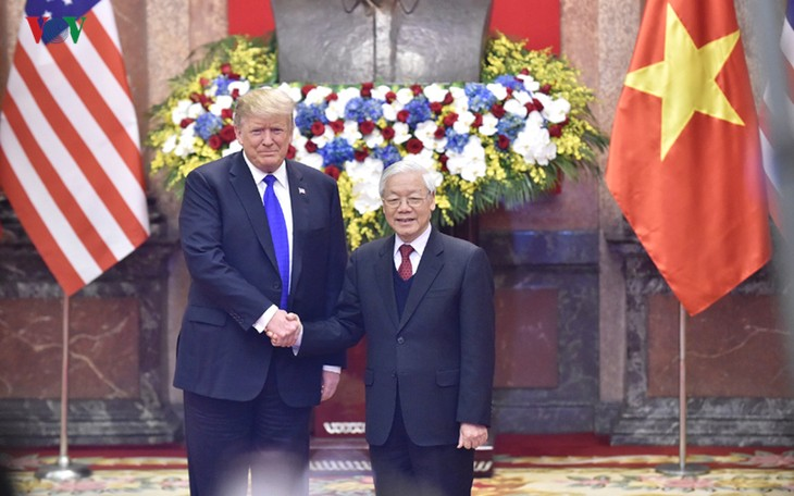 Vietnamese Party, State leaders send greetings on US Independence Day  - ảnh 1