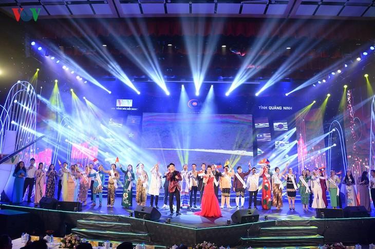ASEAN+3 pop singing contest closes, Malaysian singer wins  - ảnh 1
