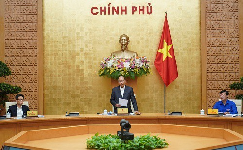 Prime Minister asks youth to be pioneer in fighting Covid-19 - ảnh 1