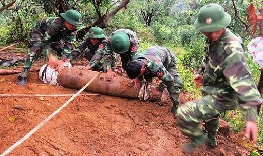 Vietnam addresses post-war UXO consequences  - ảnh 1