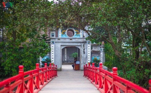 Hanoi's tourism attractions reopen from May 14 - ảnh 1