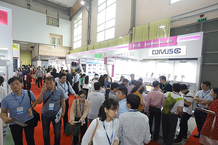 Vietnam Expo 2021 advocates digital transformation - ảnh 1