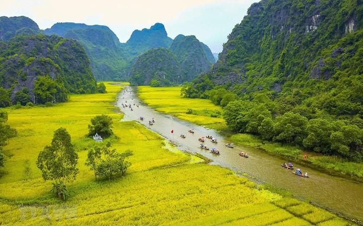 Vietnam's first international photography festival calls for entries  - ảnh 1