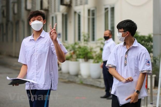Hanoi: 93,000 students finish 10th grade entrance exam  - ảnh 1
