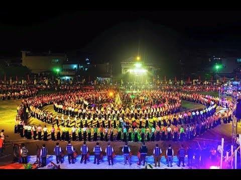 安沛省举行世界最大的越南摆手舞表演 - ảnh 1