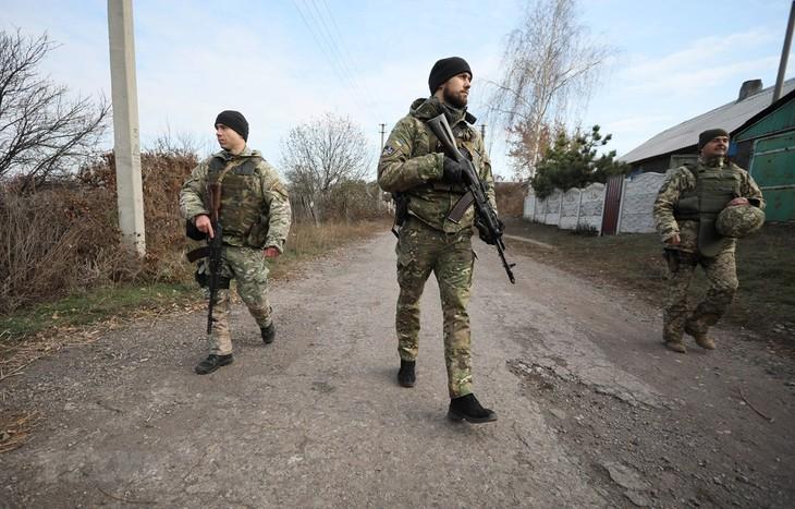俄罗斯外长呼吁乌克兰政府与顿巴斯地区进行直接对话 - ảnh 1