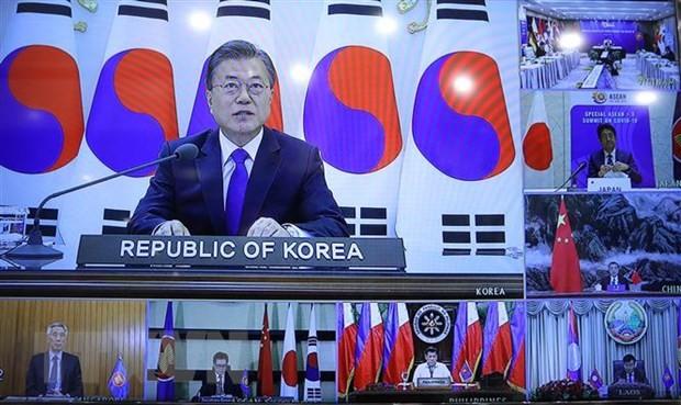 东盟峰会及东盟加三会议成为国际媒体关注的焦点 - ảnh 1