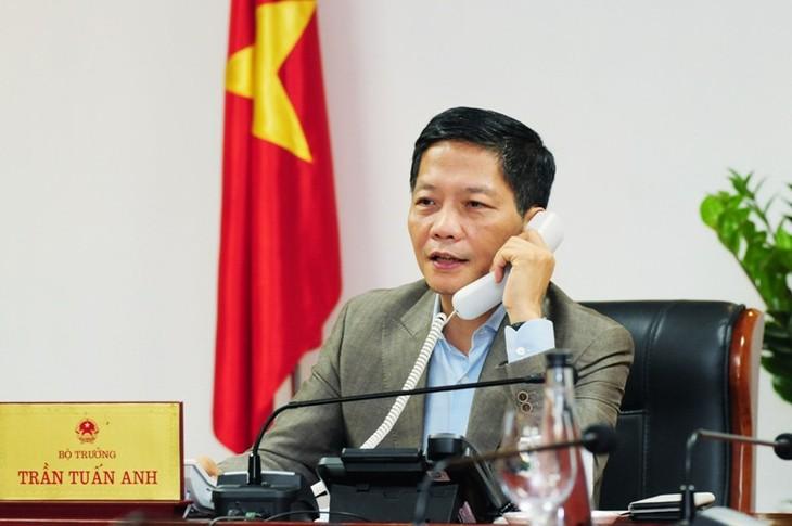 东盟秘书长林玉辉高度评价越南政府允许出口大米和口罩 - ảnh 1