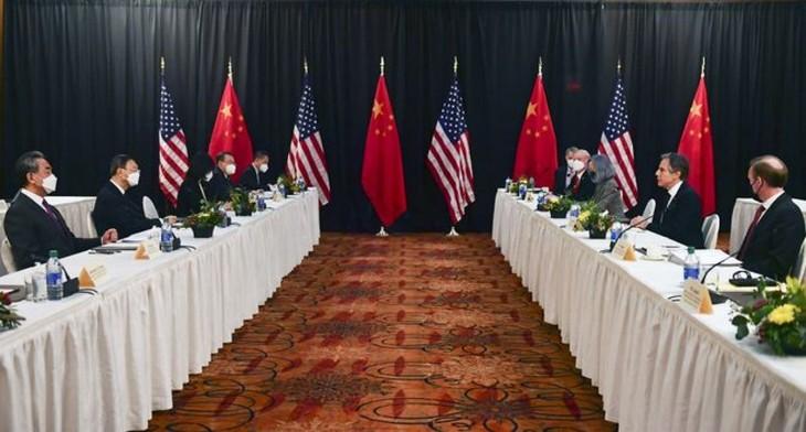中美首次高级别官员面对面会谈在美国阿拉斯加结束 - ảnh 1
