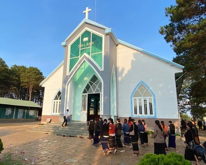 歪曲和污蔑抹黑不了越南宗教信仰自由的事实 - ảnh 1