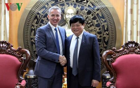 Радио Голос Вьетнама и Радио и телевидение Словакии подписали соглашение о сотрудничестве - ảnh 1