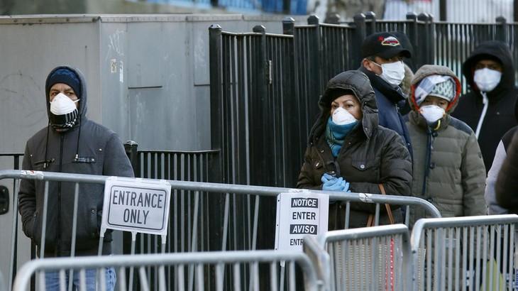 США остаются очагом пандемии COVID-19 - ảnh 1
