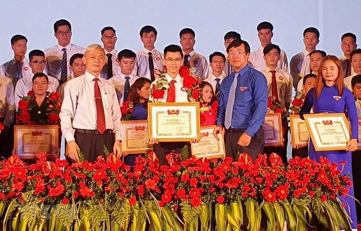 Во Вьетнаме названы 63 лучших молодых мастера страны 2020 года  - ảnh 1