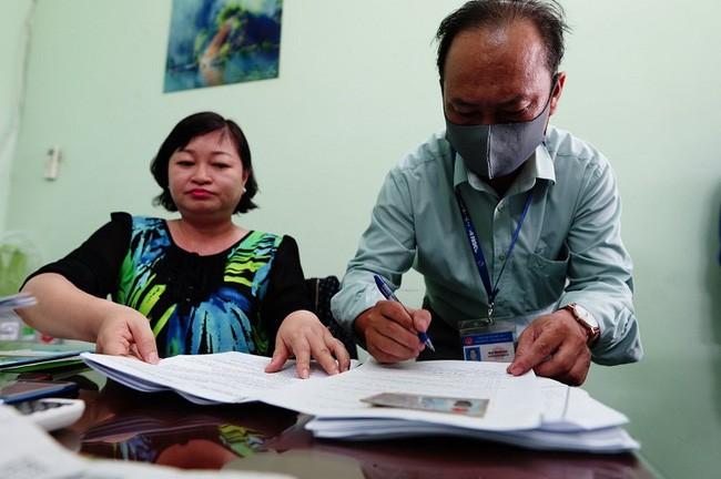 500 тысяч человек в городе Хошимине получили финансовую поддержку в связи с эпидемией COVID-19 - ảnh 1