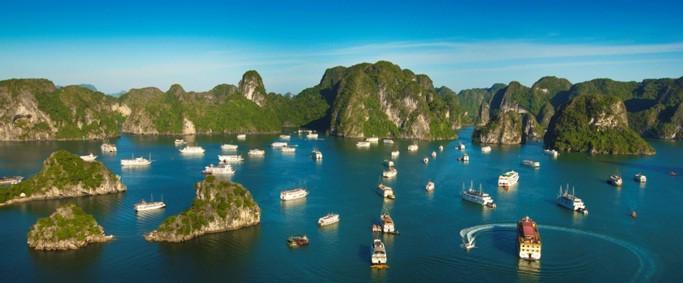 Бухта Халонг была включена в список 50 самых красивых природных чудес света - ảnh 7