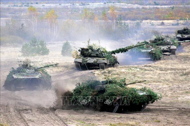 Беларусь проводит масштабные военные учения - ảnh 1