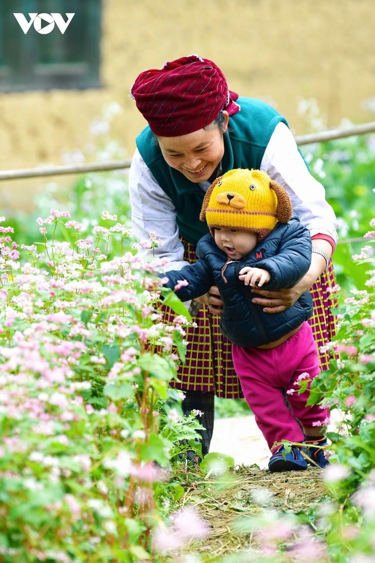Провинция Хазянг в сезон цветения гречихи - ảnh 15