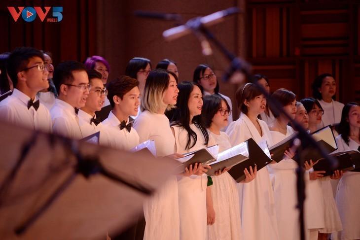 Хоровой концерт «Зеленое Рождество» - ảnh 10
