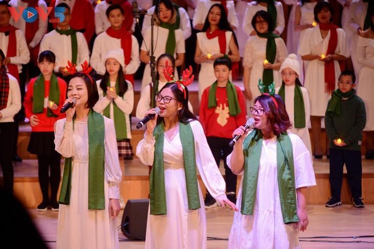 Хоровой концерт «Зеленое Рождество» - ảnh 14