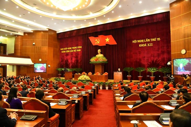 Народ верит, что результаты 15-ого пленума ЦК поспособствуют успехам XIII съезда - ảnh 1