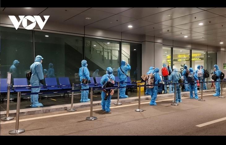 Аэропорт Вандон принимает первые международные рейсы после приостановки работы из-за вспышки коронавируса - ảnh 1