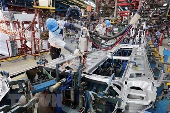 БР: Экономика Вьетнама сильно выросла благодаря успеху в борьбе с Covid 19 - ảnh 1