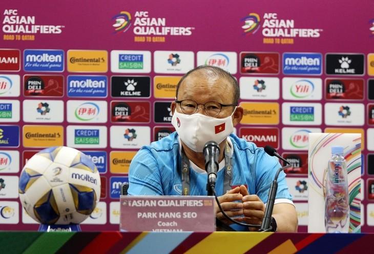 Тренер Пак Хан Со: Сборная Вьетнама сыграет очень важный матч со сборной Китая  - ảnh 1