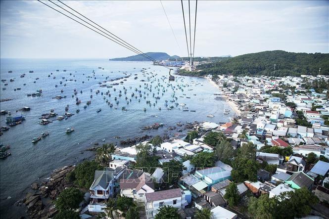 Постепенный прием туристов на остров Фукуок  - ảnh 1