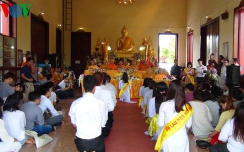 Overseas Vietnamese organize Vu Lan festival in Thailand - ảnh 1
