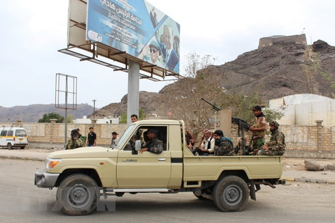 Yemeni separatists seize government - ảnh 1
