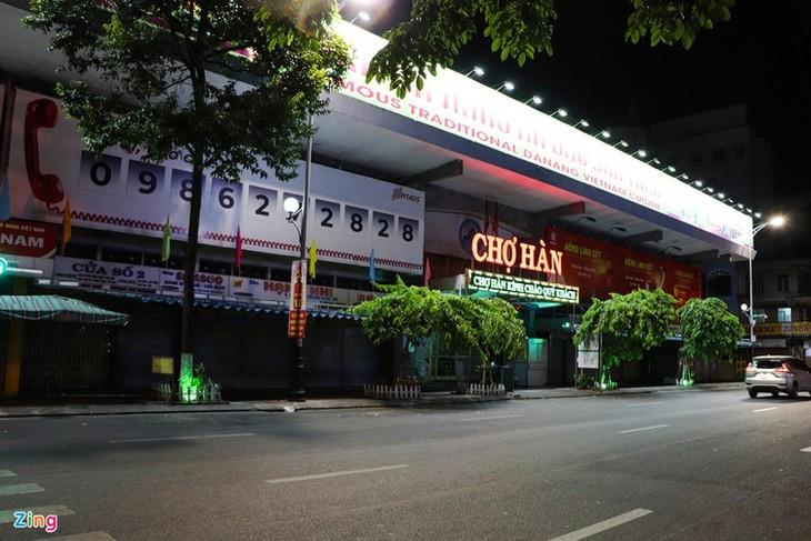 Da Nang falls quiet on first night of latest social distancing order - ảnh 10